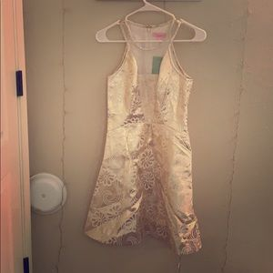 Lilly Pulitzer gold dress. Size 2.